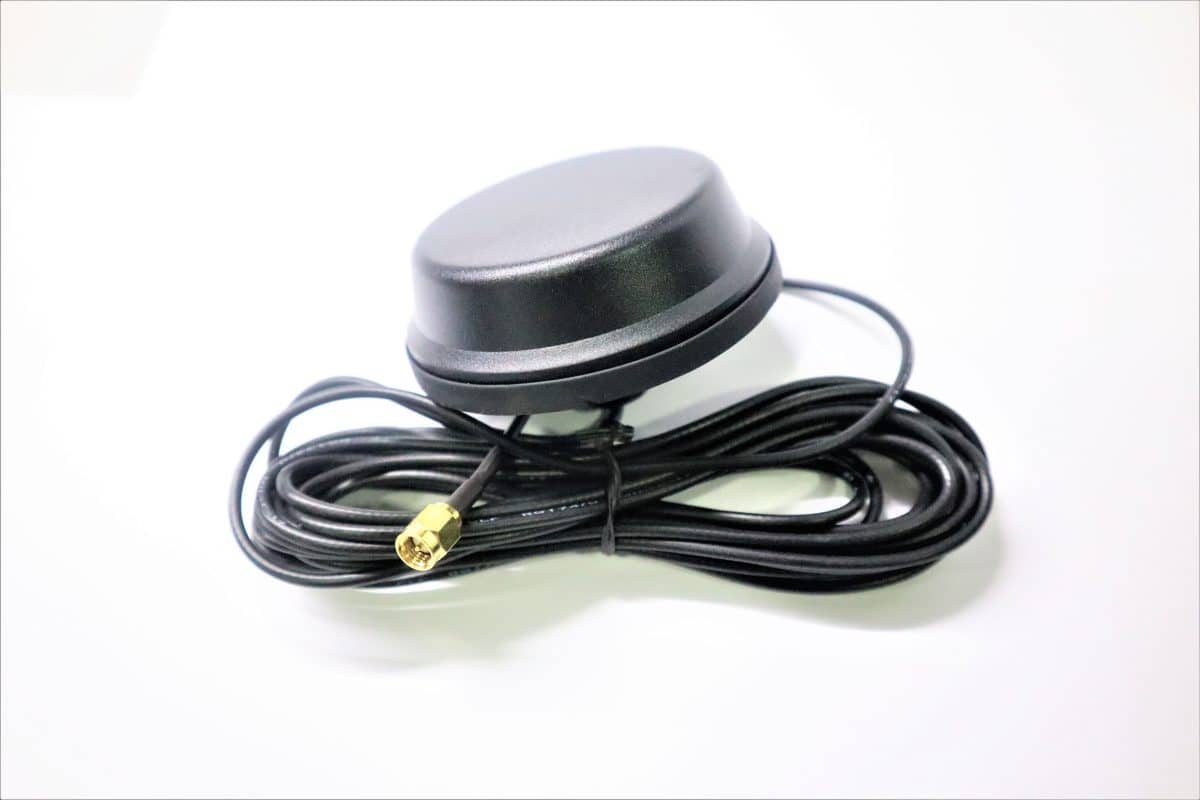 Roof Mount Active GPS Antenna
